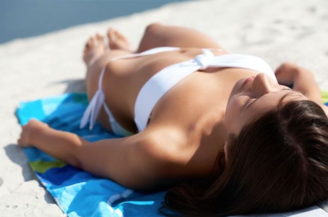 Does tanning help acne?